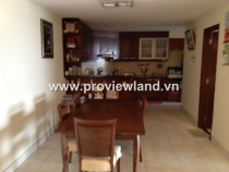 Apartment for sale in Hung Vuong Plaza with high floor