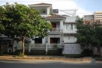 Cho thuê biệt thự sang trọng nhất Phú Mỹ Hưng quận 7