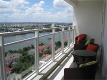 Need to rent some apartments have good prices at River Garden in District 2